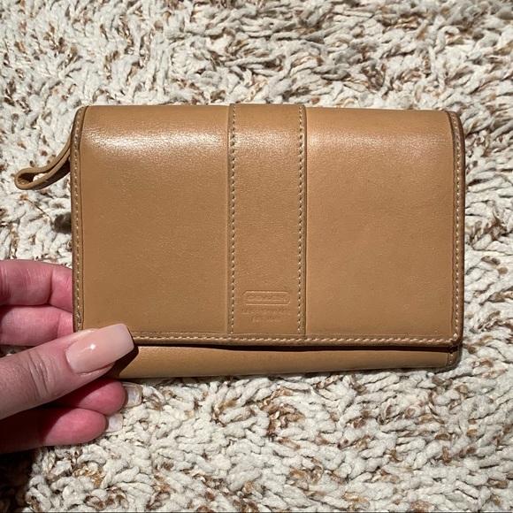 Coach Handbags - Vintage Coach wallet